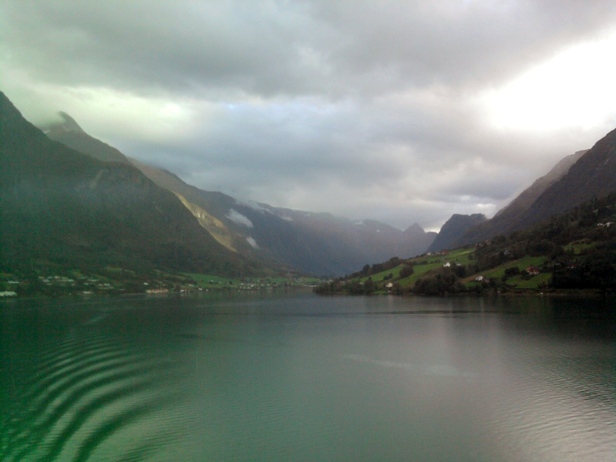 Cruising in the Nordic fjord